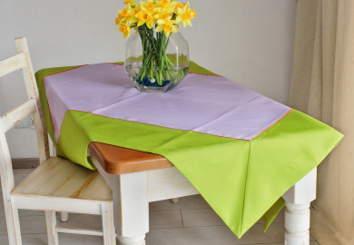 happy tableclt green